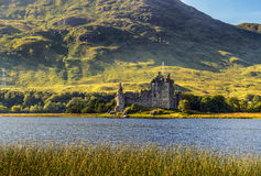 Kilchurn城堡废墟在苏格兰 库存图片
