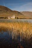 Kilchurn-Schloss, Argyll und hochgebogene Hinterkante, Schottland Stockbilder