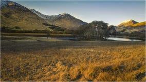 Kilchurn-Schloss in der Winterlandschaft Schottland Stockfoto