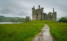 Kilchurnkasteel, ruïnes dichtbij Loch Ontzag, Argyll en Bute, Schotland royalty-vrije stock afbeeldingen