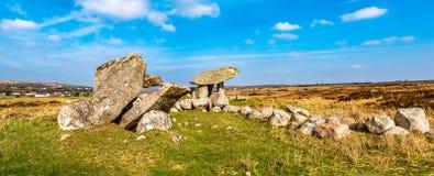 Kilclooney dolmen jest neolityczny pomnikowy datowa? z powrotem 4000, 3000 mi?dzy Ardara i Portnoo w okr?gu administracyjnym Done obraz royalty free