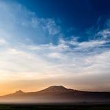 Kilimanjaro ad alba Fotografia Stock
