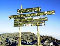 Kilimanjaro-Spitze stockfotos
