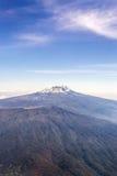 Kilimanjaro tomó del avión foto de archivo libre de regalías