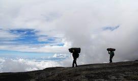 Kilimanjaro-Träger stockbild