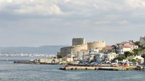 Kilitbahir村庄和Kilitbahir城堡, Canakkale,土耳其 免版税库存图片