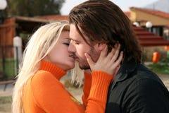 kilka całowania young obrazy royalty free