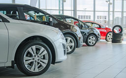 Kilka nowi samochody Obrazy Royalty Free