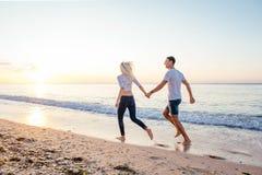 kilka plażowy kochać Zdjęcia Royalty Free