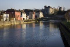 Kilkenny kasztel od rzeki zdjęcie royalty free