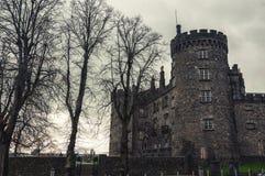 Kilkenny slott och trädgårdar i höst - Irland Arkivbilder