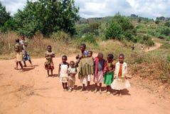 Kilolo山的孩子在坦桑尼亚-非洲 图库摄影