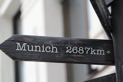 2687 kilomètres vers Munich Images libres de droits