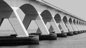 5 kilomètres Zeelandbrug long, Zélande, Pays-Bas Photos stock