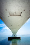 5 kilomètres Zeelandbrug long, Zélande, Pays-Bas Images libres de droits