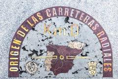 Kilometer nolla undertecknar in Madrid, Spanien Royaltyfria Bilder