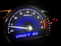 Kilometerzahl Kontrollanzeige vom Geschwindigkeitsauto Lizenzfreies Stockfoto