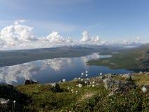 Озеро Kilpisjarvi от горы Saana, Лапландии Стоковые Изображения RF