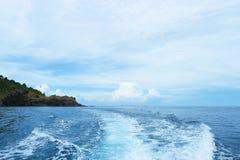 Kilwater powodować statkiem wycieczkowym Fotografia Stock