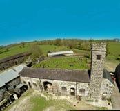 Kilwaughter城堡蓝天文本拷贝的背景空间 免版税库存照片