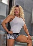 Kim Buck, Verleidende Vrouw Bodybiolder stock afbeeldingen