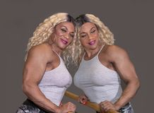 Kim Buck, Verleidende Vrouw Bodybiolder denkt na royalty-vrije stock foto's