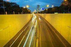 Kim Lien ruchu drogowego tunel przy zmierzchem w Hanoi, Wietnam Obraz Royalty Free