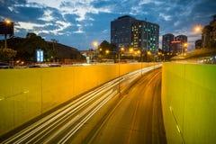 Kim Lien ruchu drogowego tunel przy zmierzchem w Hanoi, Wietnam Zdjęcia Stock
