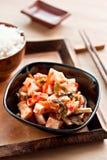 Kimchi - koreanische traditionelle Essiggurken Lizenzfreie Stockbilder