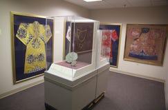 Kimonos chinos en objeto expuesto en el museo de Belz Fotos de archivo libres de regalías