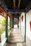 Kina antik byggnadskorridor Arkivfoton