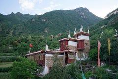 Kina Dan för sichuan landskap yuba, tibetan by för jiaju, härligt naturligt landskap Arkivfoto