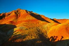 Kina Gansu Zhangye Danxia parkerar Geomorphic geologiskt arkivfoto