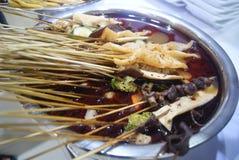 Kina mat: kryddigt varmt Arkivfoto