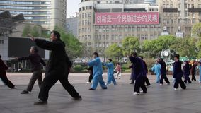 Kina Shanghai, Tai Chi stock video