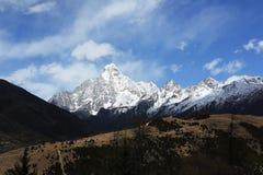 Kina Sichuan Siguniangshan Arkivfoto