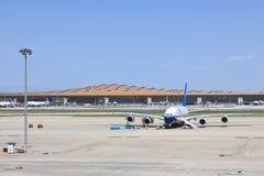 Kina sydlig flygbuss A380 som parkeras på Pekingden huvudinternationella flygplatsen Royaltyfri Fotografi