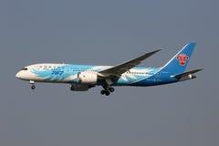 Kina sydligt Boeing 787-8 Dreamliner flygplan Shanghai Hongqia Arkivbild