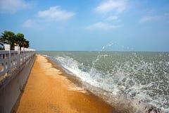 Kina tropiskt kust- landskap för Hainan ö Royaltyfria Foton