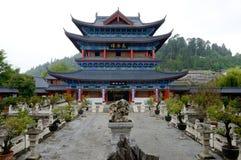 Kina Yunnan Wood hus royaltyfri fotografi