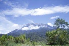 Kinabalu山景早晨 免版税库存图片