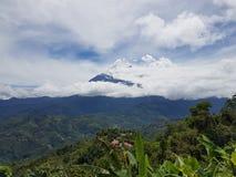 Kinabalu berg Arkivfoton