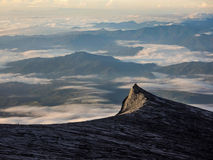 Kinabalu-Südspitze bei Sonnenaufgang, Sabah, Malaysia Lizenzfreies Stockbild