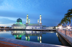 Kinabalu van Masjidbandaraya Kota, Sabah Borneo Malaysia royalty-vrije stock foto