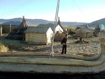 Kind auf einem Boot Stockbild