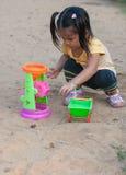 Kind auf Spielplatz Lizenzfreies Stockbild