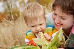 Kind bij een picknick Stock Fotografie