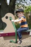 Kind bij het park Stock Afbeelding
