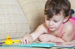 Kind bij spel Royalty-vrije Stock Afbeelding