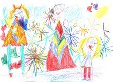 Kind, das aufpassende Feuerwerke der glücklichen Familie zeichnet stockbilder